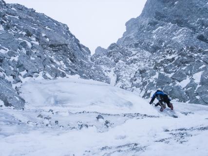 Eerste keer winterklimmen op de Mont Dolent (2006)